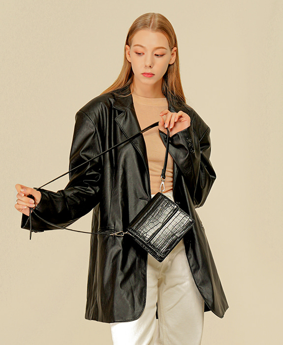 [록체 LOKCHE] 클레어 미니백 (LOK-0101)Claire Mini Bag -Black / 박세완 착용가방 타임메카