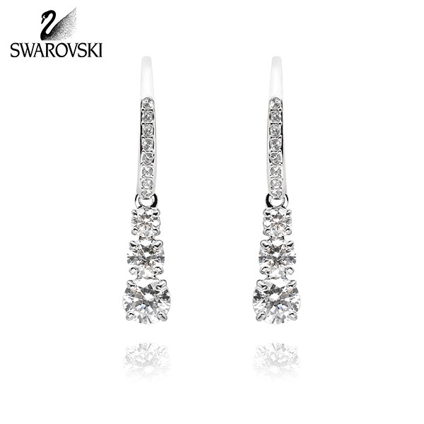 [스와로브스키 SWAROVSKI] 5416155 / ATTRACT TRILOGY ROUND 귀걸이