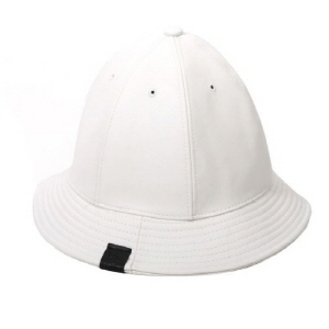 [플레이플러스 PLAYPLUS] leather label crusher hat white
